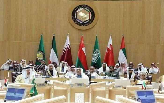 التعاون الخليجي يجدد موقفه من إنهاء الأزمة اليمنية